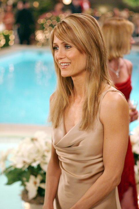 Kirsten (Kelly Rowan) ist von Weihnukkah begeistert ... - Bildquelle: Warner Bros. Television
