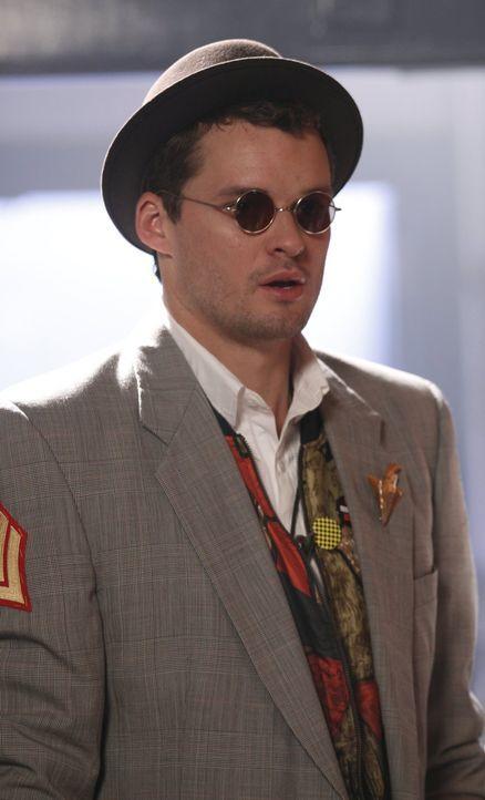 Auf der Ehemaligen-Feier der High School wird Julian (Austin Nichols) schnell an seine Jugend erinnert ... - Bildquelle: Warner Bros. Pictures