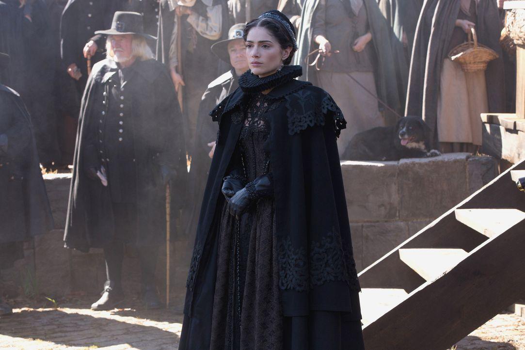 Noch ahnt Mary (Janet Montgomery) nicht, dass seine mächtige Hexe es auf sie abgesehen hat ... - Bildquelle: 2015 Fox and its related entities. All rights reserved.