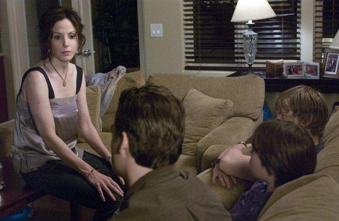 Wie werden Nancys (Mary-Louise Parker, l.) Kinder und Andy aufnehmen, dass sie umziehen werden? - Bildquelle: Lions Gate Television