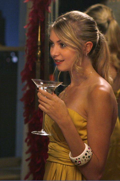 Weil sie unbedingt zur High Society gehören will, nimmt Jenny (Taylor Momsen) einen hohen Preis dafür in Kauf ... - Bildquelle: Warner Brothers