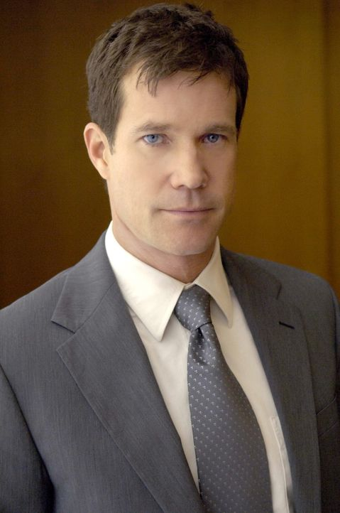 Macht sich über sein berufliches sowie über sein privates Leben Sorgen: Sean (Dylan Walsh) ... - Bildquelle: TM and   2004 Warner Bros. Entertainment Inc. All Rights Reserved.