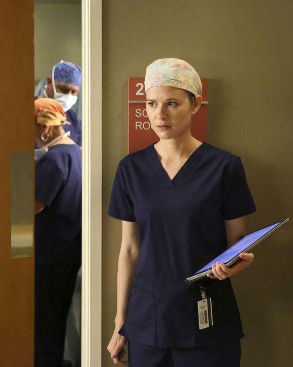 Schwere Zeit: April (Sarah Drew) findet heraus, dass Catherine sie verklagen will, weil sie Jackson bei der Scheidung nicht gesagt hat, dass sie ein... - Bildquelle: Mitchell Haaseth ABC Studios