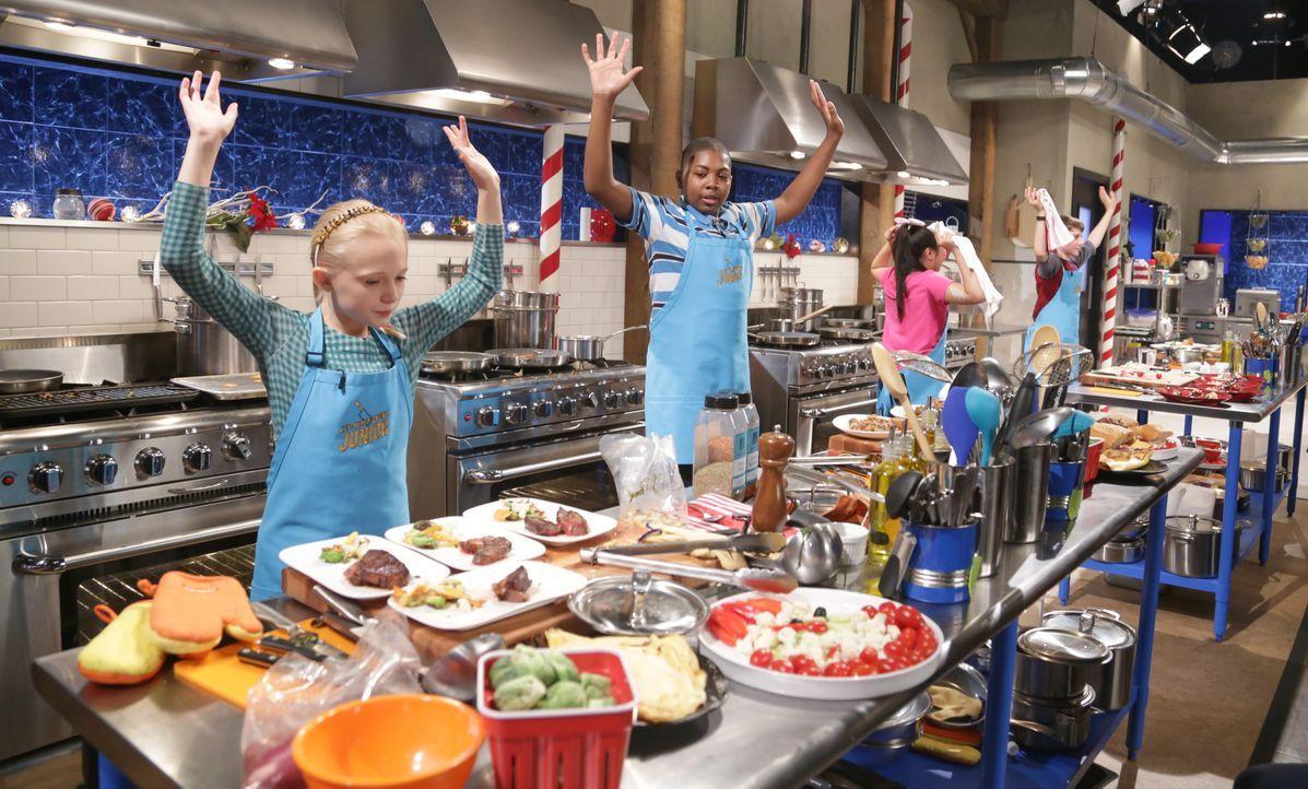 Chateaubriand und Cornflakes-Kranz - Bildquelle: Susan Magnano 2016,Television Food Network, G.P. All Rights Reserved / Susan Magnano