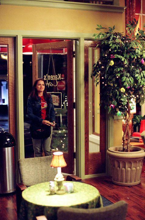 Lucas kann es immer noch nicht leiden, dass Haley (Bethany Joy Lenz) Nathan Nachhilfe gibt ... - Bildquelle: Warner Bros. Pictures