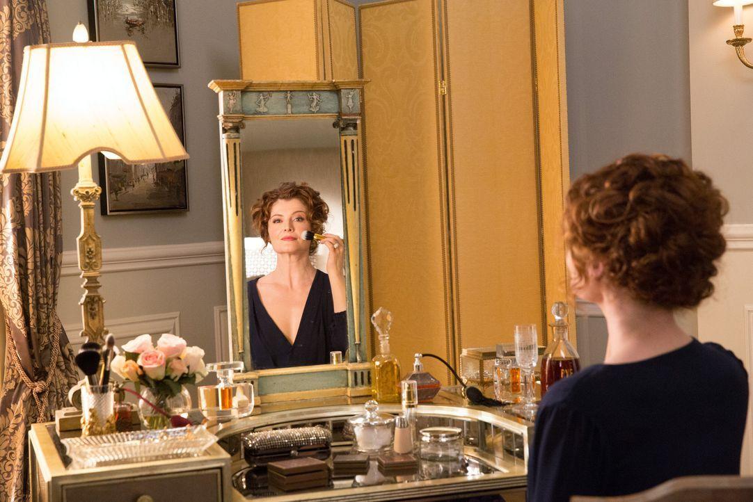 Während Evelyn (Rebecca Wisocky) im Glück badet, bricht für Rosie eine Welt zusammen ... - Bildquelle: 2014 ABC Studios