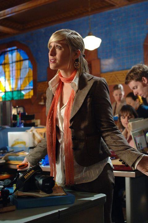 Von Clarks Mutter Martha fehlt jede Spur. Chloe (Allison Mack) will ihn bei der Suche unterstützen, doch bislang deutet alles auf eine Entführung hi... - Bildquelle: Warner Bros.