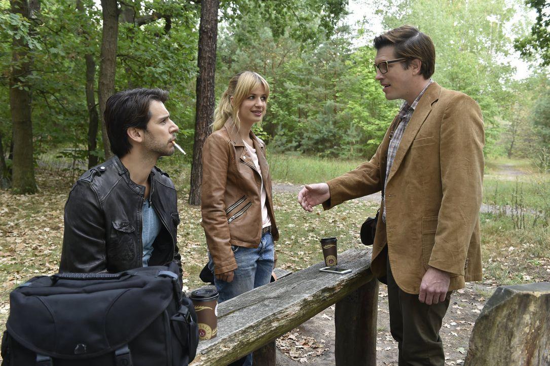 Noch ahnen (v.l.n.r.) Nick (Florian Odendahl) und Mila (Susan Sideropoulos) nicht, dass hinter dem scheinbar langweiligen Auftrag eine Überraschung... - Bildquelle: Claudius Pflug sixx