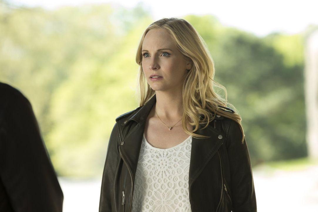 Während Bonnie Caroline (Candice King) gefährlich nahe kommt, könnte der nächste Plan von Damon und Enzo gehörig schief gehen ... - Bildquelle: Warner Bros. Entertainment, Inc.