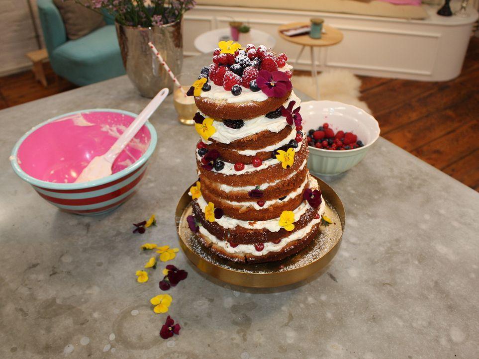 Folge-9_Naked-Cake-(2)