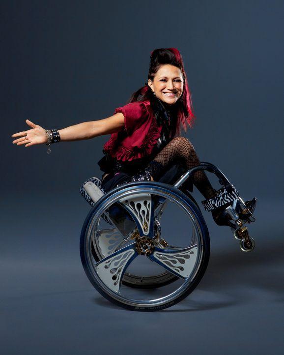 Auti ist Tänzerin, Rapperin, Schauspielerin und All-Around-Kraftpaket und versucht jetzt mit 42 ein Baby mit ihrem Ehemann zu bekommen. - Bildquelle: Sundance Channel