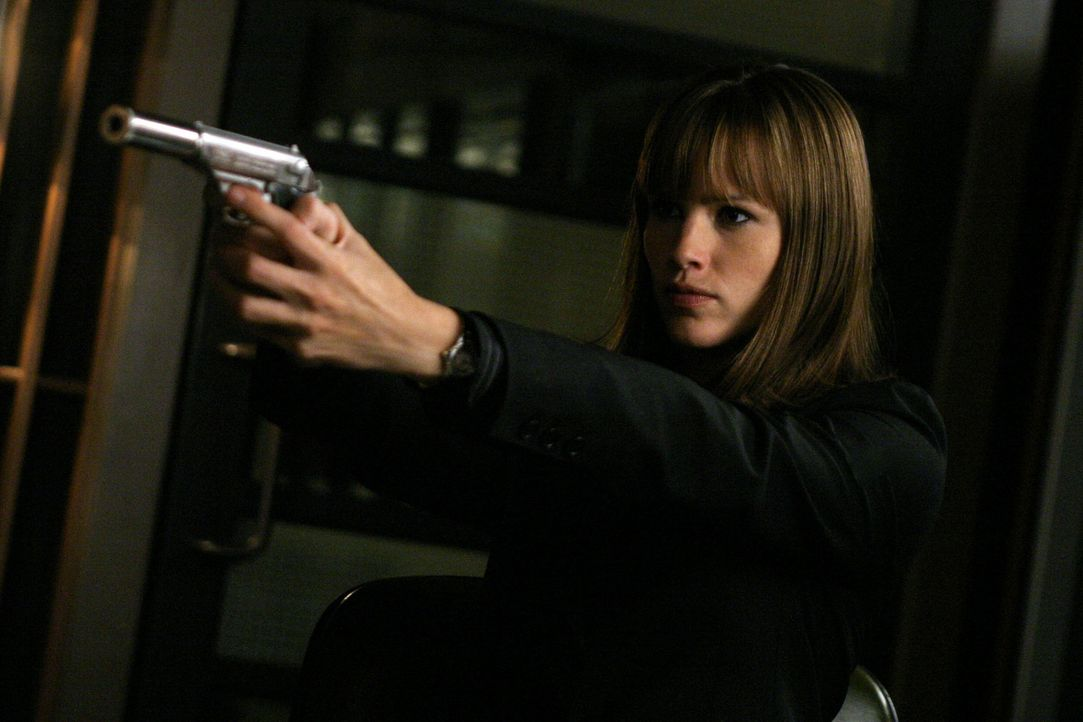 Ist es wirklich Sydney (Jennifer Garner)? - Bildquelle: Touchstone Television