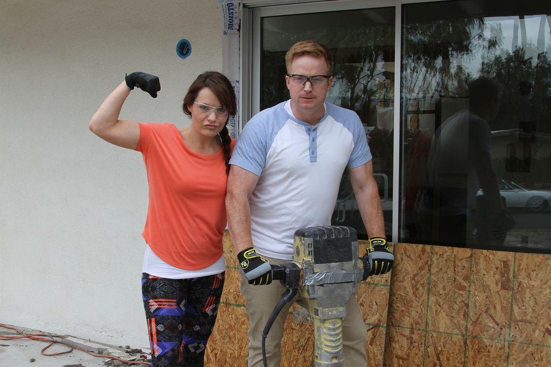(2. Staffel) - In der sengenden Hitze der Wüstenregion von Palm Springs bringt das Maklerpaar Eric und Lindsey Bennett mit viel Herzblut und unter g... - Bildquelle: 2017,HGTV/Scripps Networks, LLC. All Rights Reserved
