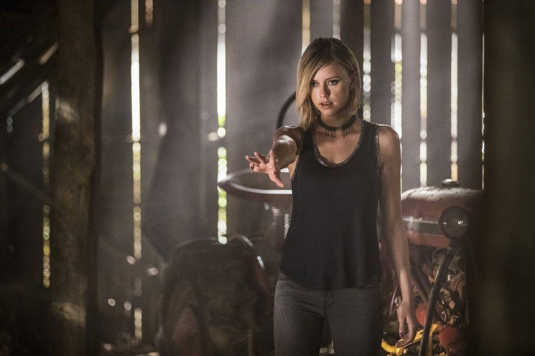 Wird sich Freya (Riley Voelkel) wirklich dem Willen von Hayley und ihrem Bruder Elijah beugen und Keelin gehen lassen? - Bildquelle: 2016 Warner Brothers