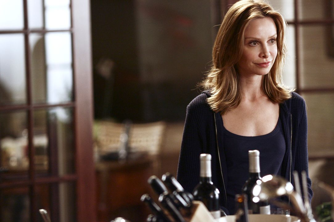 Zu einer Geburtstagsfeier kommt die ganze Familie Walker in Los Angeles zusammen. Die in New York lebende Tochter Kitty (Calista Flockhart) wird dab... - Bildquelle: Disney - ABC International Television