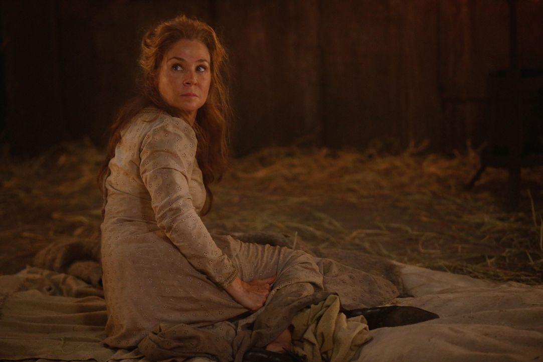 Während Elizabeth noch mit den Nachwehen von Catherines (Megan Follows) Besuch  zu kämpfen hat, will der königliche Rat ihr auch noch den geheimen L... - Bildquelle: Marni Grossman 2015 The CW Network, LLC. All rights reserved.