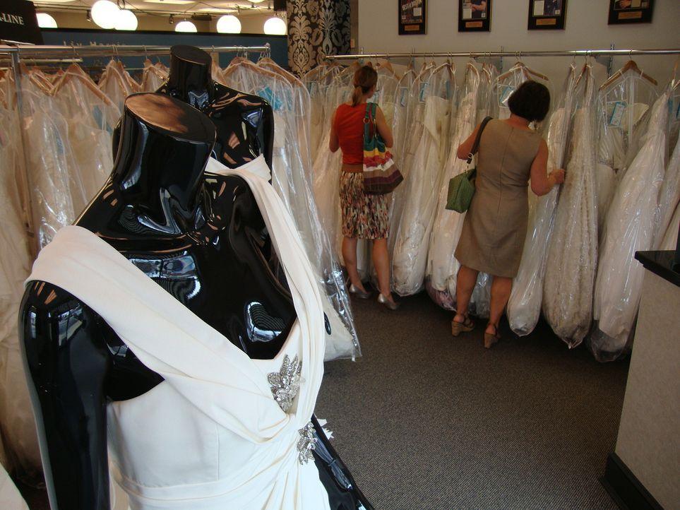 """Im """"House of Botticelli"""" gibt es für jeden Geldbeutel das passende Kleid - sogar Designer-Kleider ... - Bildquelle: TLC"""