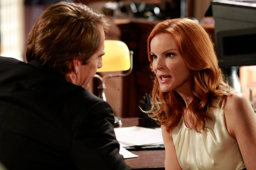 Während Ben kurz vor seiner Hochzeit mit Renee verhaftet wird und ins Gefängnis kommt, kämpft Trip (Scott Bakula, l.) weiter vor Gericht um Brees (M... - Bildquelle: ABC Studios