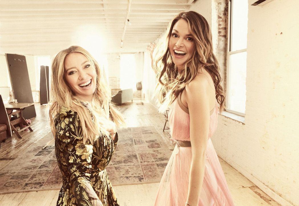 Kelsey Peters (Hilary Duff, l.); Liza Miller (Sutton Foster, r.) - Bildquelle: Hudson Street Productions Inc 2018