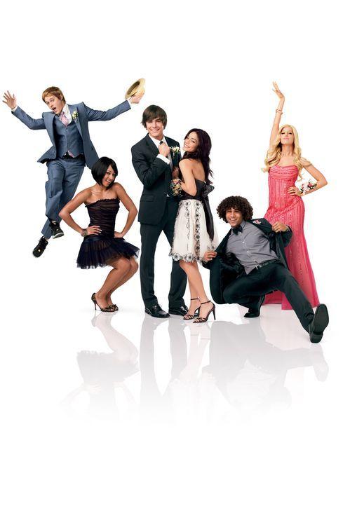 Der Abschluss steht kurz bevor. Die Freunde (v.l.n.r.) Ryan (Lucas Grabeel), Taylor (Monique Coleman), Troy (Zac Efron), Gabriella (Vanessa Anne Hud... - Bildquelle: Disney Enterprises, Inc.  All rights reserved.
