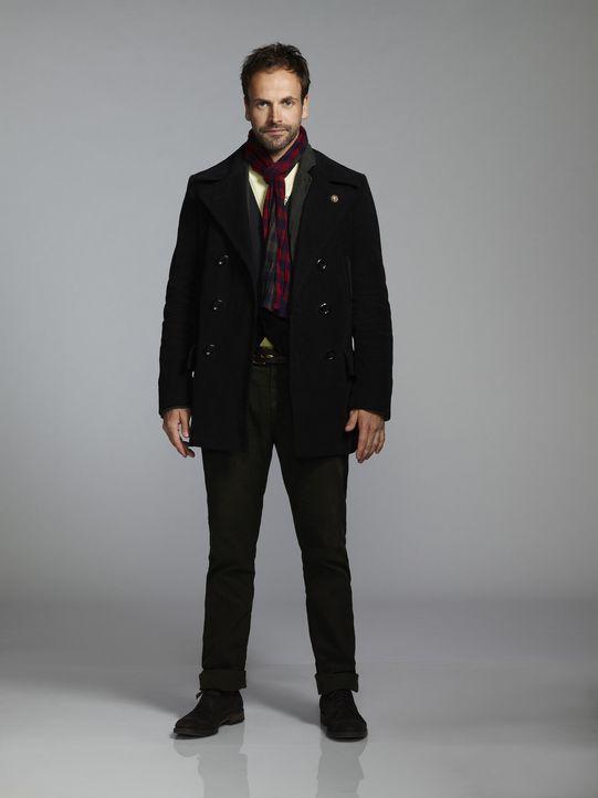 (2. Staffel) - Auf seine ganz eigenwillige Weise, löst Sherlock Holmes (Jonny Lee Miller) neue Kriminalfälle ... - Bildquelle: CBS Television