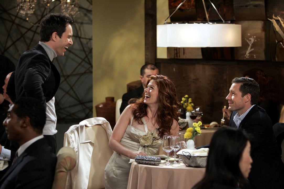 Grace (Debra Messing, M.) hat eine Verabredung mit ihrer Valentinstags-Bekanntschaft Nick (Edward Burns, r.), und da sie befürchtet, sie würde sich... - Bildquelle: Chris Haston NBC Productions