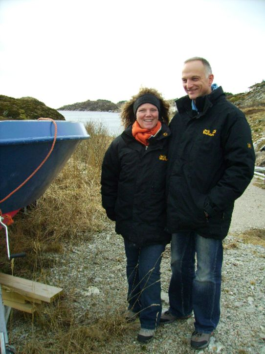 Abtauchen in Norwegen - Birgit (l.) und Frank (r.) ... - Bildquelle: kabel eins