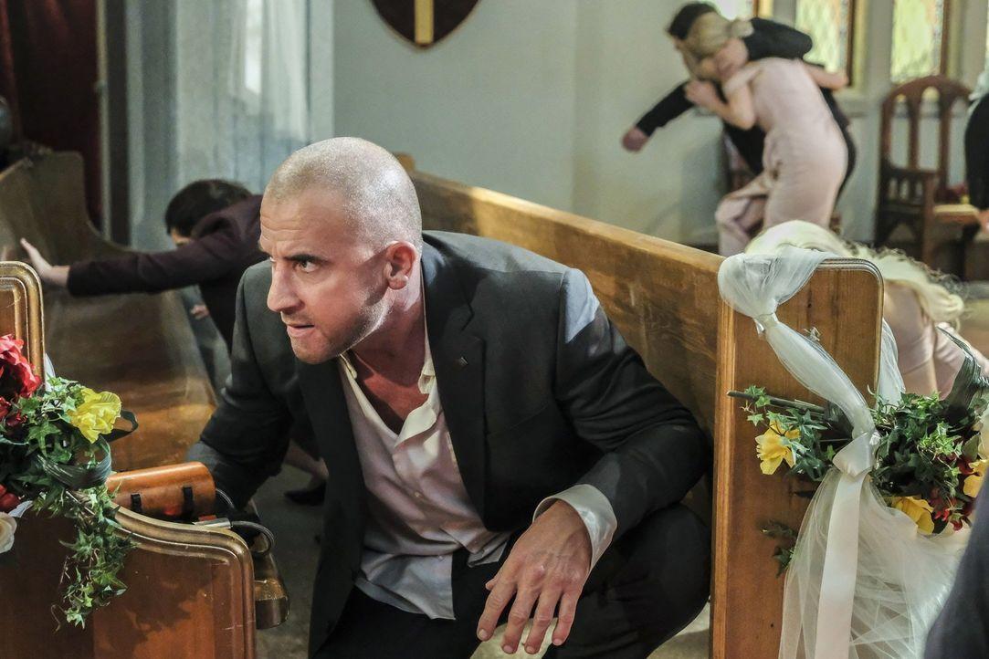 Findet sofort Gefallen an der unerwarteten Wendung auf Barrys und Iris' Hochzeit: Mick (Dominic Purcell) ... - Bildquelle: 2017 Warner Bros.