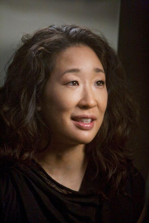 Während niemand weiß, wo sich Izzie momentan aufhält, fühlt sich Jackson ungemein zu Cristina (Sandra Oh) hingezogen ... - Bildquelle: Touchstone Television