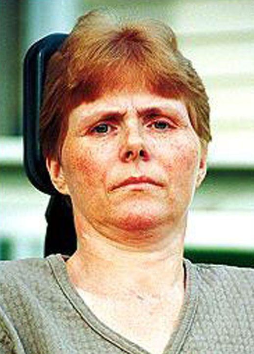 Seitdem der Laden, in dem Patsy Beyers (Bild) arbeitet, ausgeraubt wurde, sitzt sie im Rollstuhl. Die Täterin Sarah Edmondson bekam 35 Jahre Haft fü... - Bildquelle: 2016 NBCUniversal Alle Rechte vorbehalten