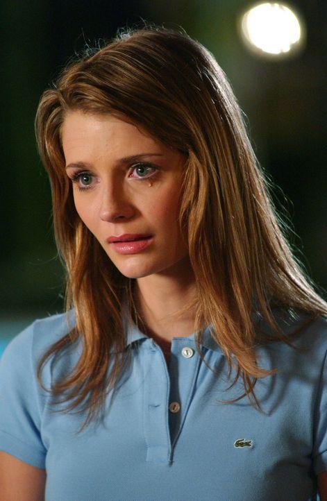 Summer macht sich Sorgen um Marissa (Mischa Barton), da sie festgestellt hat, das diese heimlich trinkt ... - Bildquelle: Warner Bros. Television