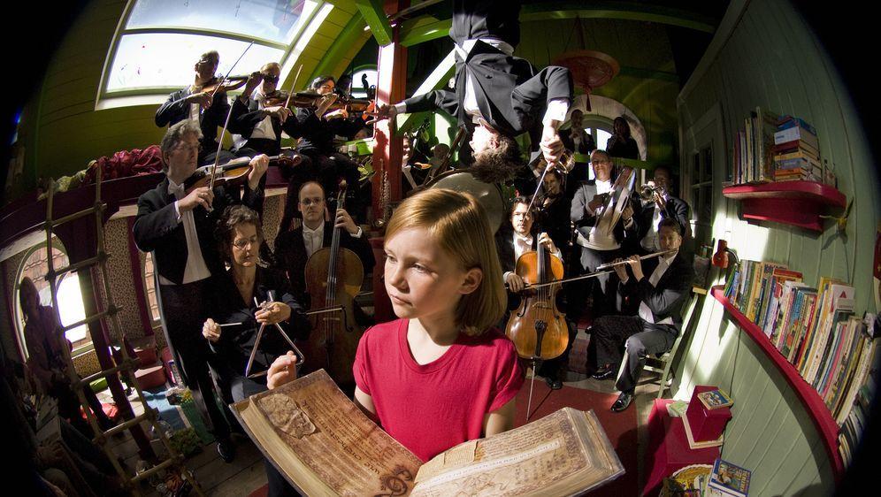 Hexe Lilli: Der Drache und das magische Buch - Bildquelle: Marco Nagel Disney