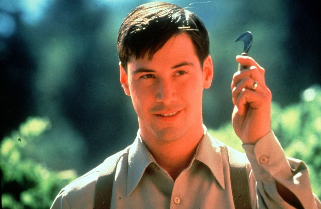 Der als Waise aufgewachsene Paul (Keanu Reeves) genießt die Wärme der Großfamilie, hilft begeistert bei der Weinlese und zögert seinen Abschied... - Bildquelle: 20th Century Fox