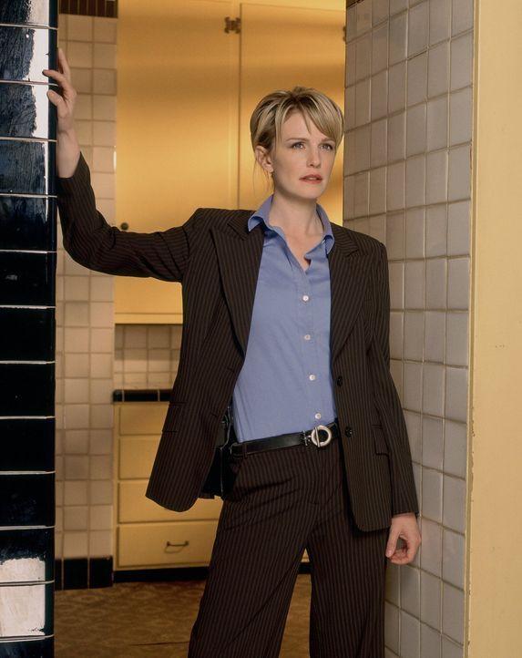 (2. Staffel) - Lilly Rush (Kathryn Morris)beschäftgit sich mit Kriminalfällen, die nie gelöst und zu den Akten gelegt wurden ... - Bildquelle: Warner Bros. Television