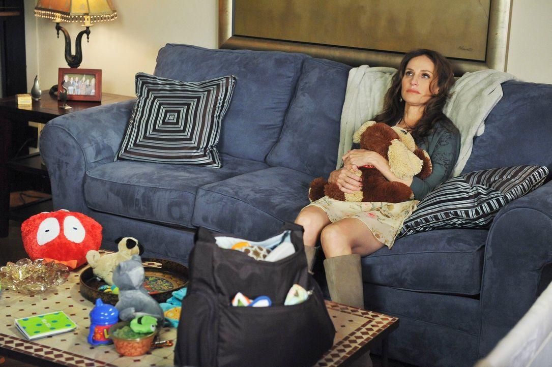 Violet (Amy Brenneman) kehrt von ihrem Aufenthalt in Costa Rica zurück und möchte jetzt ihre Mutterrolle einnehmen. Ein Schock für Pete ... - Bildquelle: ABC Studios