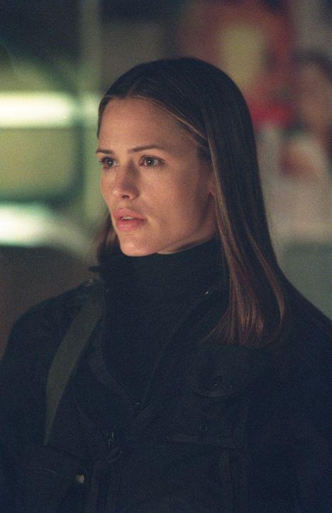 Ein neuer Auftrag erwartet Sydney (Jennifer Garner) in Srinagar ... - Bildquelle: Touchstone Television
