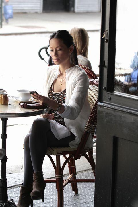 Während Sherlock Holmes in einem neuen Fall ermittelt, wirft sich Watson (Lucy Liu) zurück in den Dating-Pool ... - Bildquelle: CBS Television