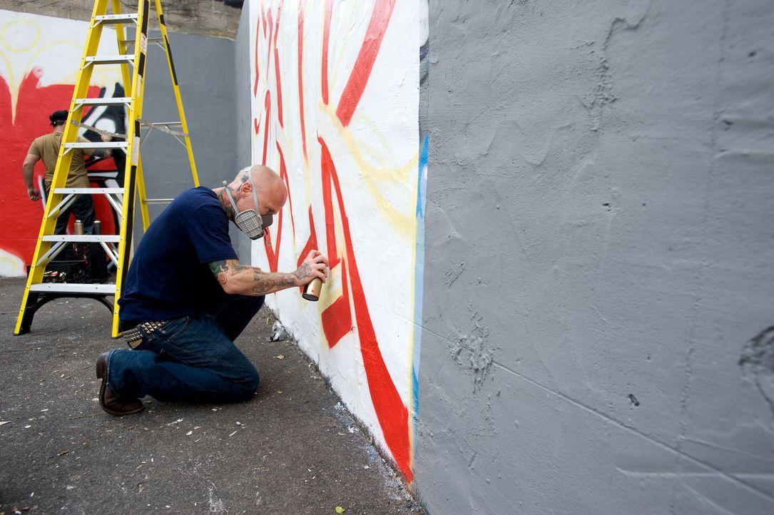 Wird die Graffitikunst Tommy Helm zum Verhängnis? - Bildquelle: Fernando Leon Spike TV