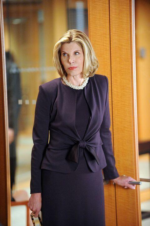 Weil Dianes (Christine Baranski) politische Überzeugungen für den Mandant Lou Dobbs ein Problem darstellen, will der nun die Kanzlei wechseln. - Bildquelle: CBS Broadcasting Inc. All Rights Reserved