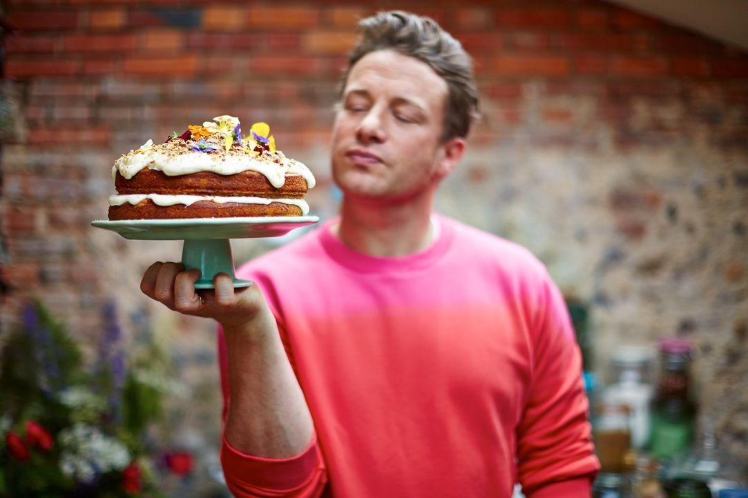 Der Kolibri-Kuchen gehört zu den liebsten Süßspeisen von Jamie Oliver ... - Bildquelle: FRESH ONE PRODUCTIONS MMXIV