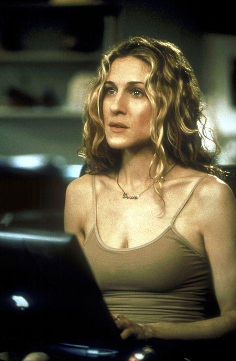 Carrie (Sarah Jessica Parker) hat endgültig die Beziehung zu Mr. Big beendet und versucht, ihn nun krankhaft aus ihrem Gdächtnis zu verbannen ... - Bildquelle: 2001 Paramount Pictures
