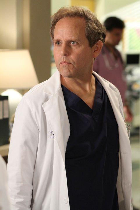 Ein unangenehmer Geselle: Arizonas Nachfolger, Dr. Phil Stark (Peter MacNicol) ... - Bildquelle: ABC Studios