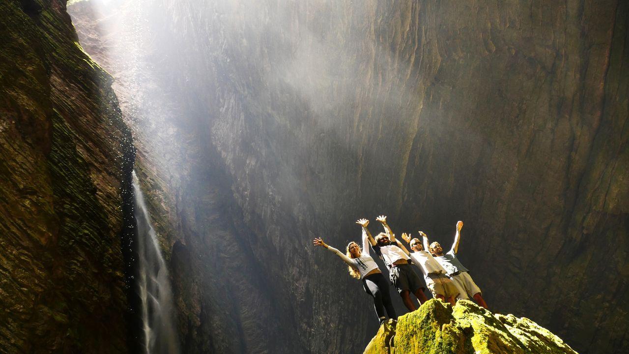 Die Fumacinha Falls im Chapada Diamantina National Park, Brasilien, bieten ein einzigartiges Erlebnis ... - Bildquelle: 2016,The Travel Channel, L.L.C. All Rights Reserved: