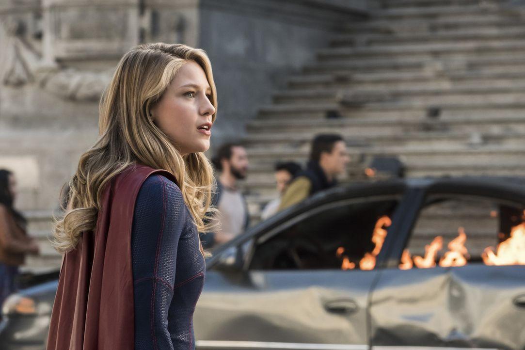 Ein harter Kampf wartet auf Kara alias Supergirl (Melissa Benoist) und ihre Freunde. Unterdessen wartet auf J'onn ein trauriger Abschied ... - Bildquelle: 2017 Warner Bros.