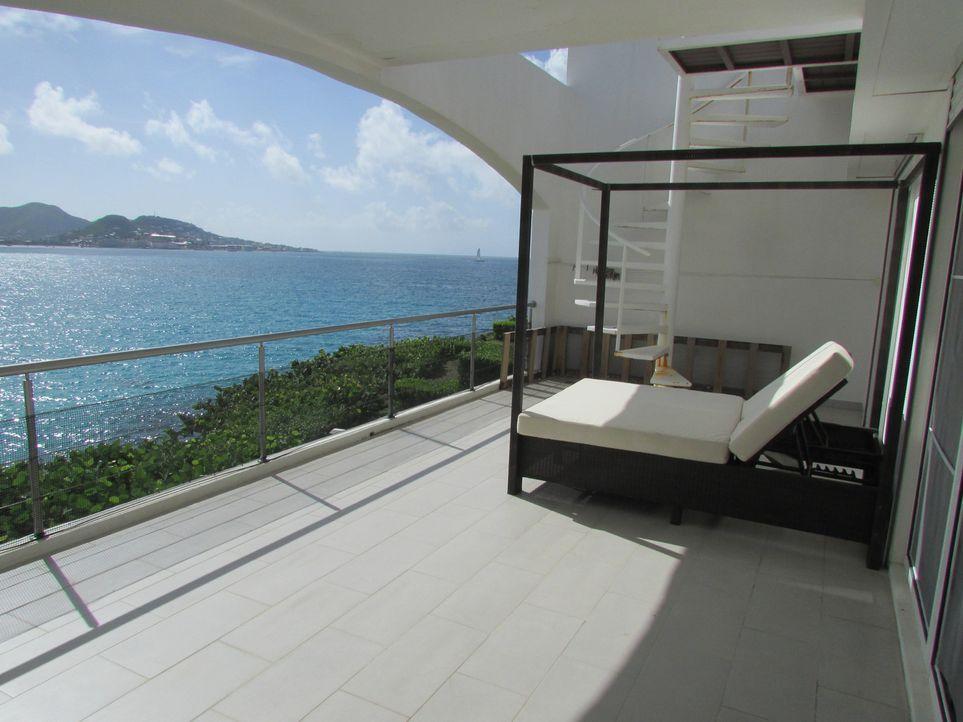 In Sint Maarten suchen die DJs Johnny Kelvin und Ona Struwer ein Traumhaus, dass groß genug ist, um weiterhin ihre Musik zu produzieren ... - Bildquelle: 2013, HGTV/Scripps Networks, LLC. All Rights Reserved.