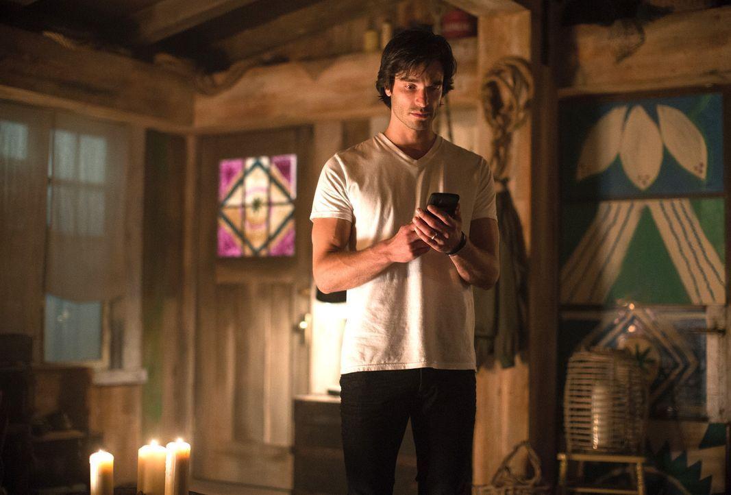 Während Killian (Daniel DiTomasso) beginnt an seinen Gefühlen für Eva zu zweifeln, versuchen die Beauchamps verzweifelt ein wenig Normalität in ihr... - Bildquelle: 2014 Twentieth Century Fox Film Corporation. All rights reserved.