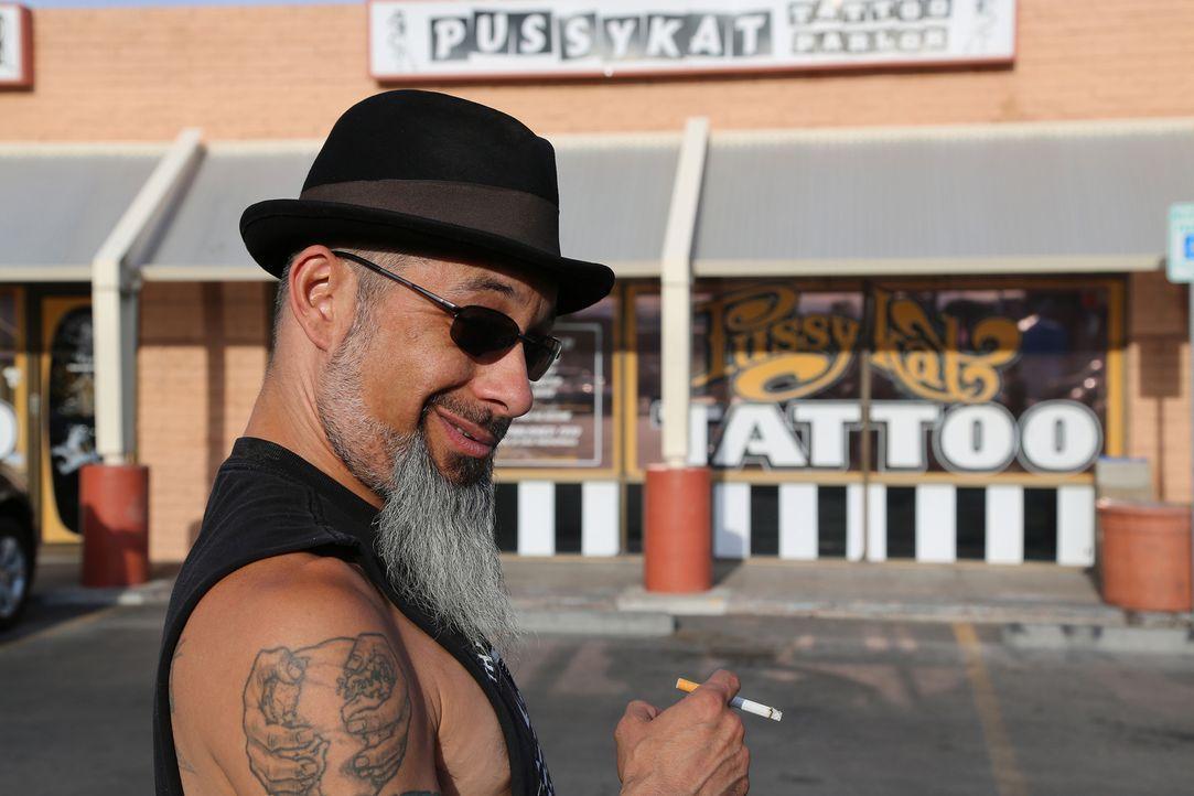 Mit seiner Nadel und etwas Geschick kann Ruckus jedes noch so schlimme Tattoo in ein Kunstwerk verwandeln, doch dieses Mal ist seine Expertise für e... - Bildquelle: 2013 A+E Networks, LLC