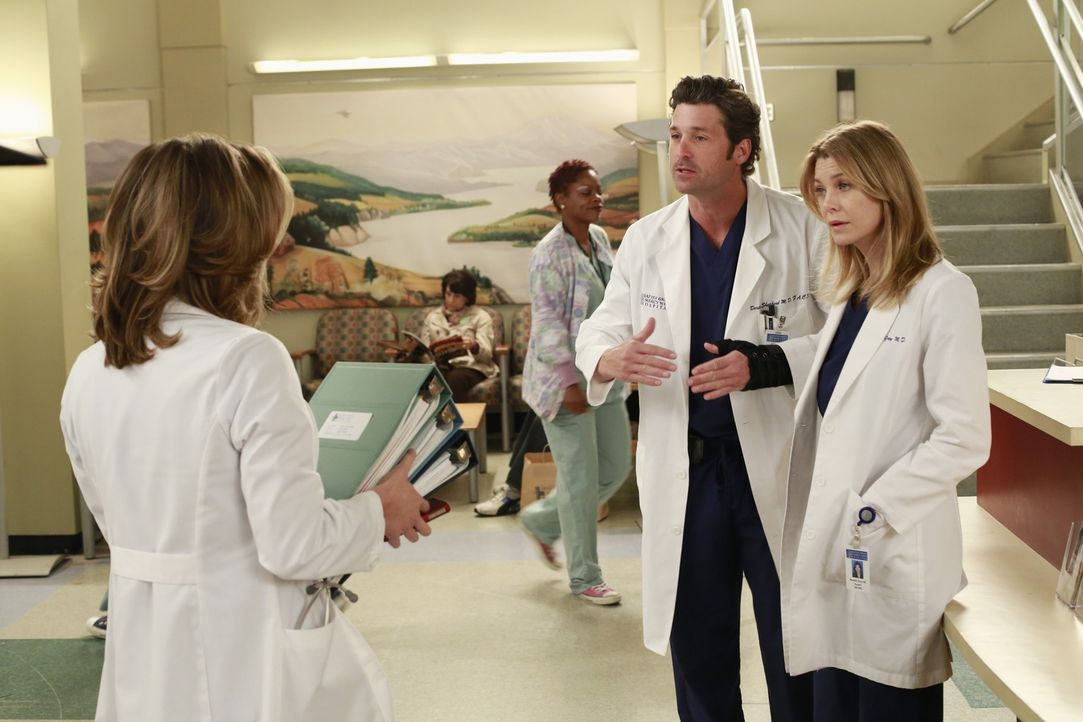 Meredith (Ellen Pompeo, r.) möchte, dass Heather (Tina Majorino, l.) alles dafür tut, um Dereks (Patrick Dempsey, M.) Hand zu retten ... - Bildquelle: ABC Studios