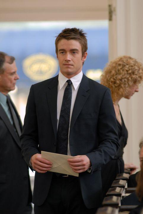 Nico hat beschlossen, ihre Affäre mit dem 25-jährigen Kirby (Robert Buckley) zu beenden und sich wieder voll und ganz auf ihre Ehe zu konzentrieren.... - Bildquelle: NBC, Inc.