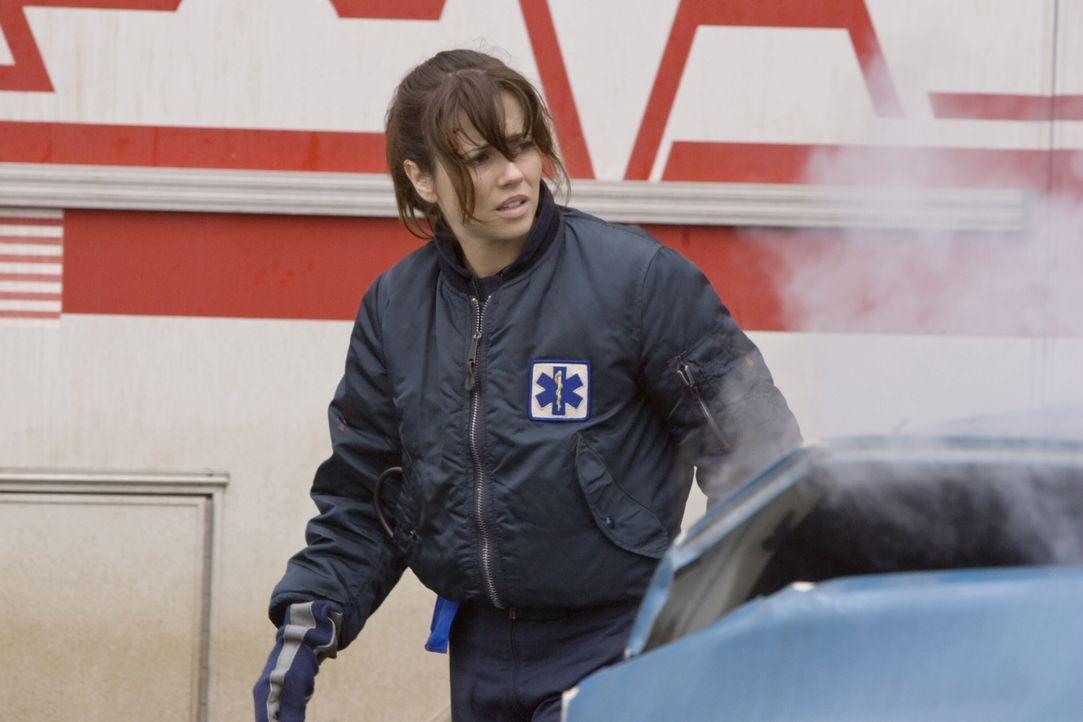 Gibt alles um Menschenleben zu retten: Sam (Linda Cardellini) - Bildquelle: Warner Bros. Television